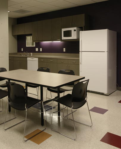 Home Office Design Tips To Stay Healthy: Sanitary Workplace: Staying Healthy At The Office